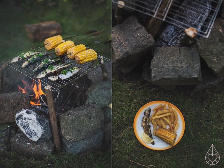 Koken op een kampvuur, by Zilverblauw.nl