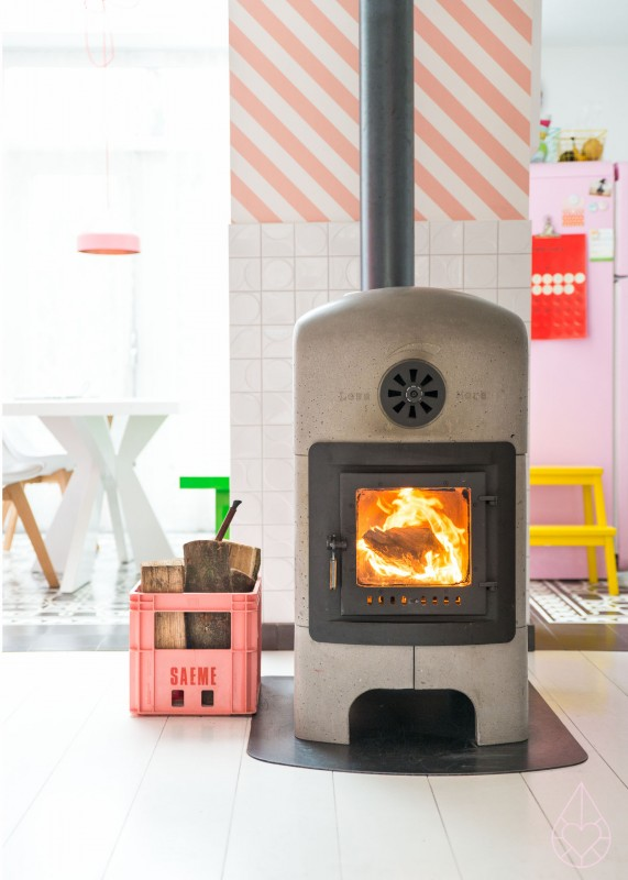 pink crate & stonestove, by zilverblauw.nl
