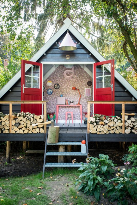 a-frame cabin guesthouse